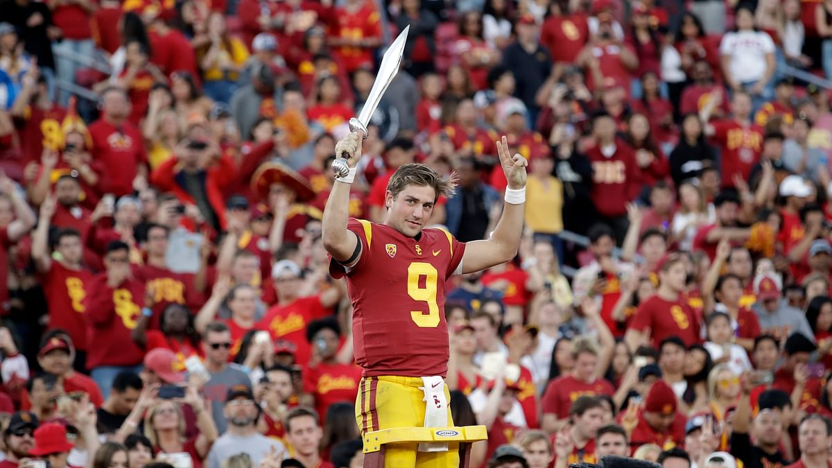 Friday Pac12 Bowl Games: Madwed picks USC vs Iowa in San Diego Credit Union Holiday Bowl, Air Force vs Washington St. in Cheez-It Bowl