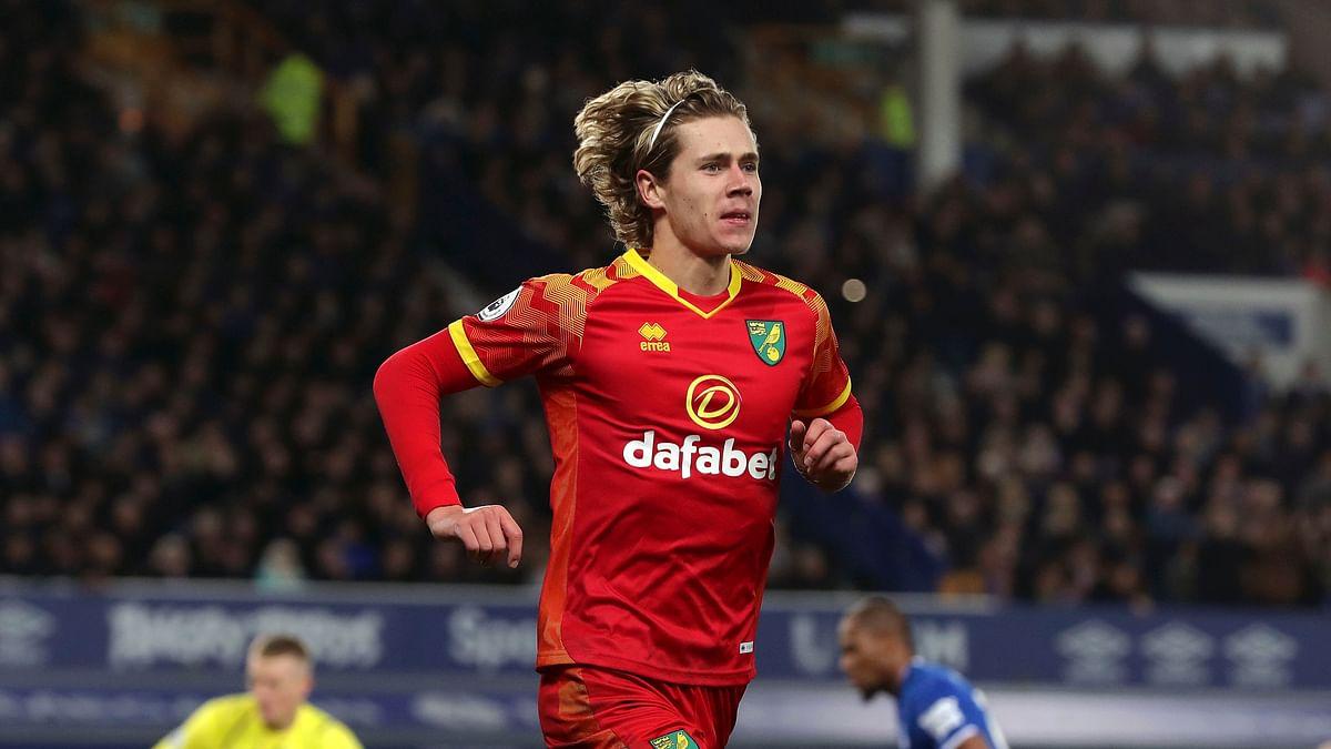 Premier League Sunday: Miller picks Norwich City vs Arsenal, Wolverhampton vs Sheffield United, Manchester United vs Aston Villa, and more