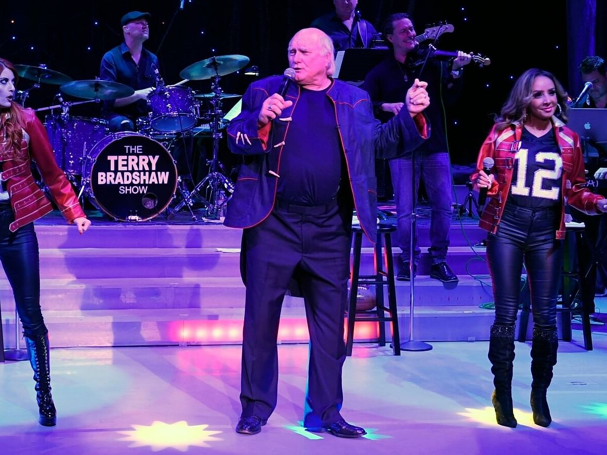 Bettors Insider Exclusive! Fox TV NFL analyst Terry Bradshaw predicts the Super Bowl and talks about his Borgata show in Atlantic City