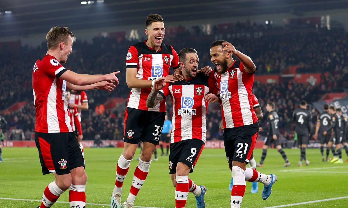 Soccer Saturday: Miller picks Leicester City vs Southampton, Manchester United vs Norwich City, Tottenham vs Liverpool, and more