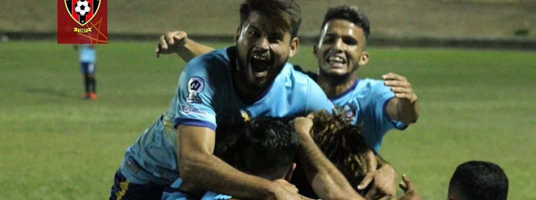 Club Deportivo Walter Ferretti celebrating during a match