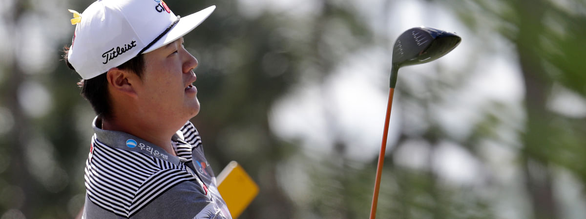 Sungjae Im of South Korea watches his shot from the second tee during the fourth round of the Honda Classic golf tournament, Sunday, March 1, 2020, in Palm Beach Gardens, Fla. (AP Photo/Lynne Sladky)