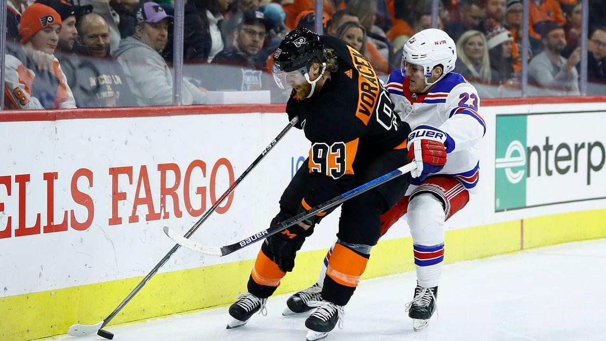 Flyers forward Jake Voracek has assists in five consecutive games (Matt Slocum)