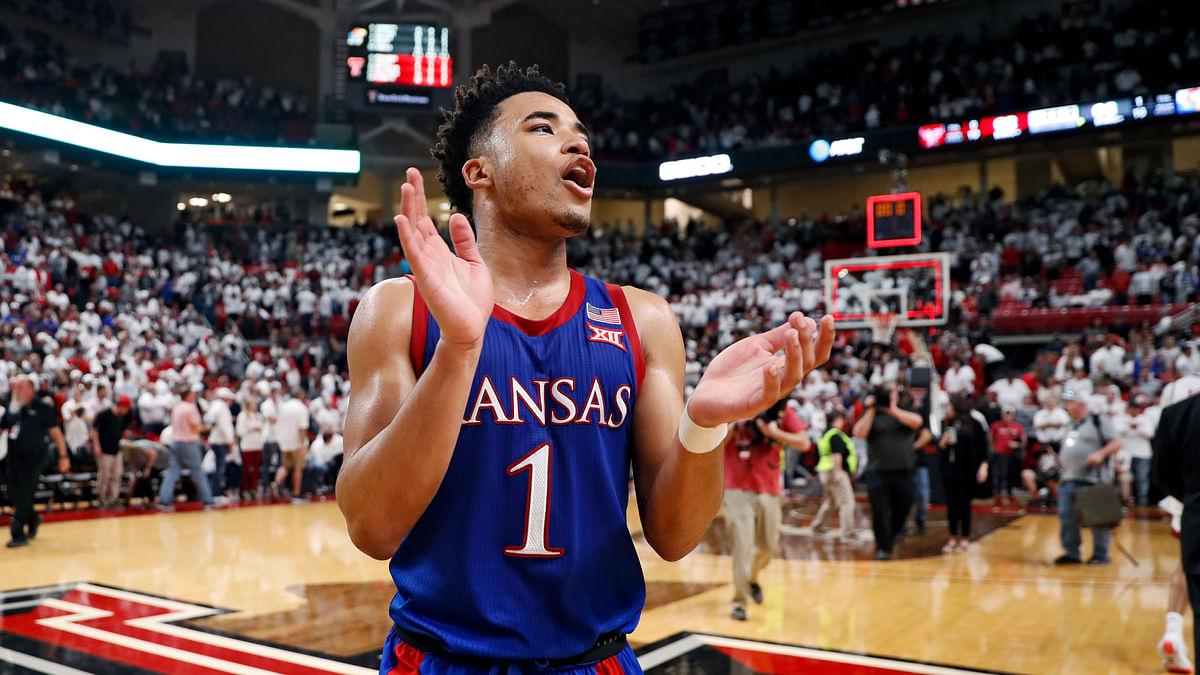 Kansas Jayhawks finish No. 1 in final AP poll; Gonzaga, Dayton next