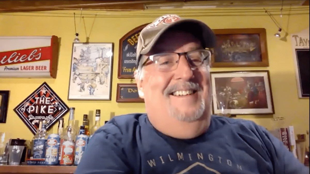 Joe Sixpack (Don Russell) in 'What's Brewing' episode# 1.5