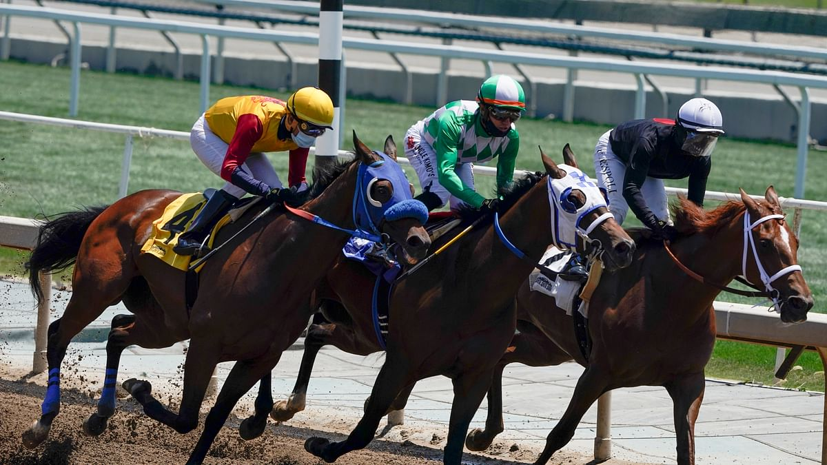 Friday at the track: Garrity goes west to pick the horses at Santa Anita Park, including the Chillingworth Stakes and the Eddie D. Stakes