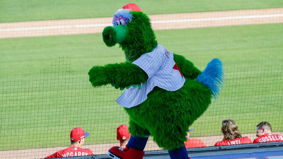 The fur is back! Phillie Phanatic and other MLB mascots now permitted in parks