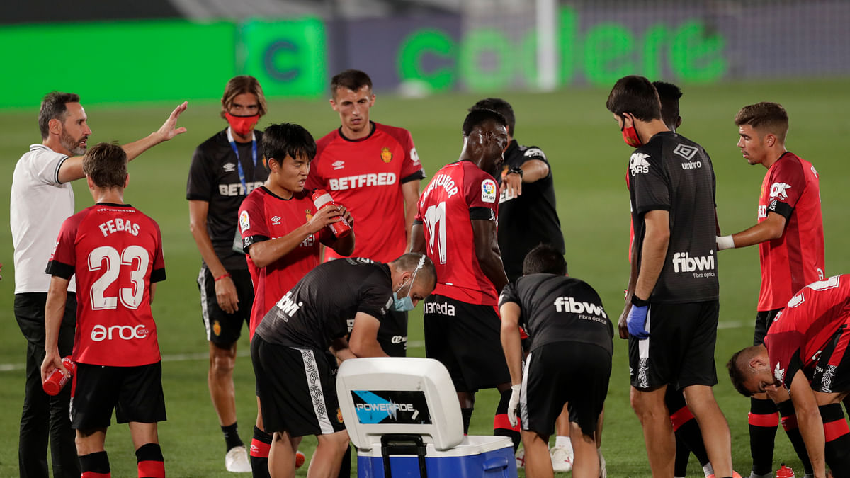 Bet La Liga Soccer! Miller picks Sevilla vs Mallorca with a pair of plays