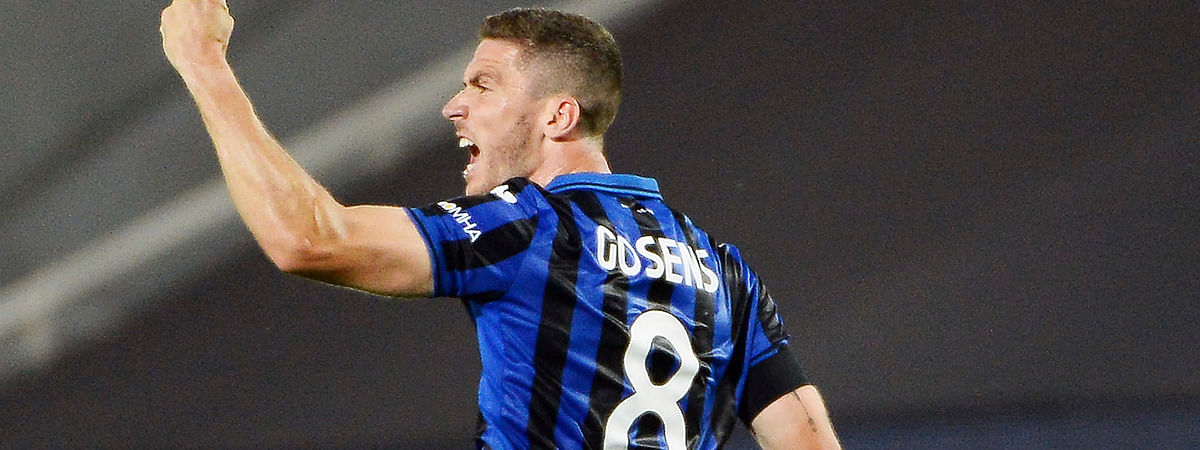 Atalanta's Robin Gosens celebrates after scoring a goal during a Serie A soccer match between Atalanta and Lazio, at the Gewiss Stadium in Bergamo, Italy, Wednesday, June 24, 2020.
