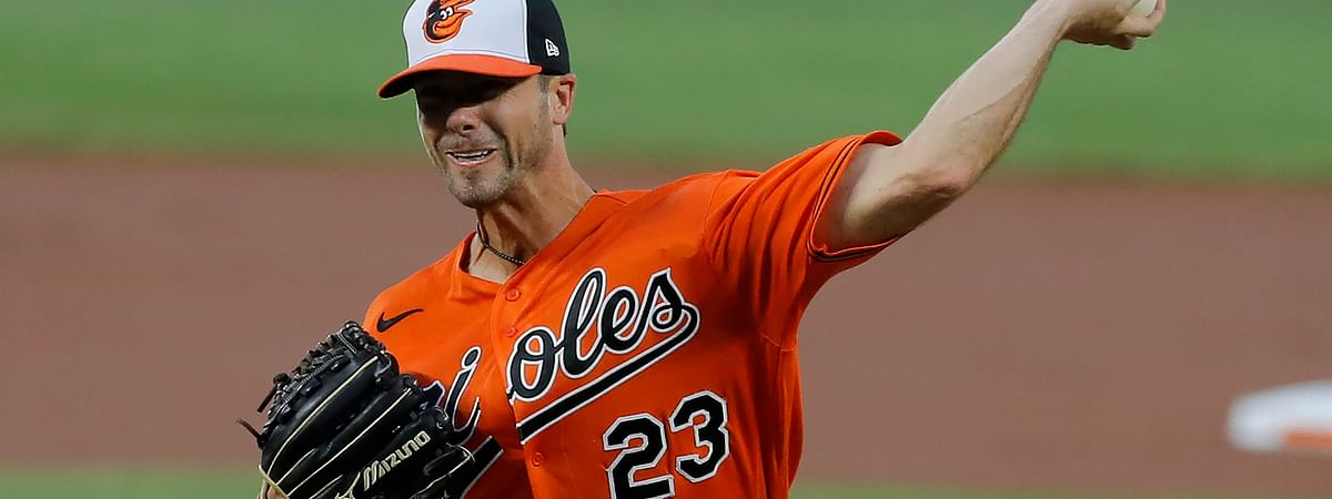 Baltimore Orioles starting pitcher Wade LeBlanc throws a pitch to the Tampa Bay Rays Saturday, Aug. 1, 2020, in Baltimore. Today the O's go for a sweep. (AP Photo/Julio Cortez)