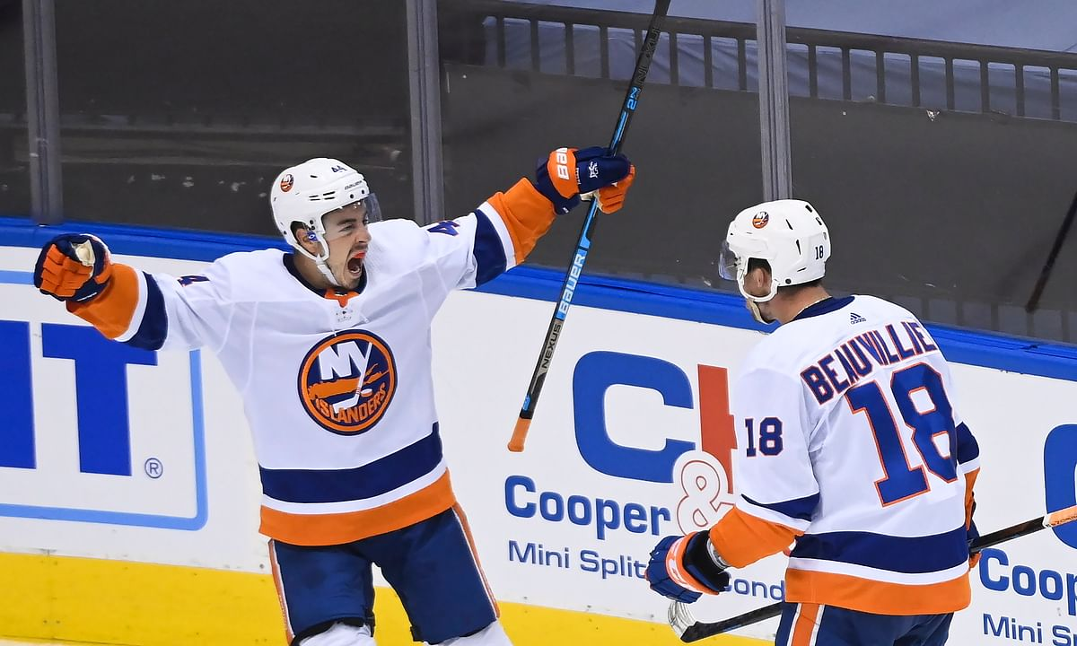 NHL Playoff Friday: Greg Frank picks Islanders vs Panthers —will a good defense always beat a good offense?