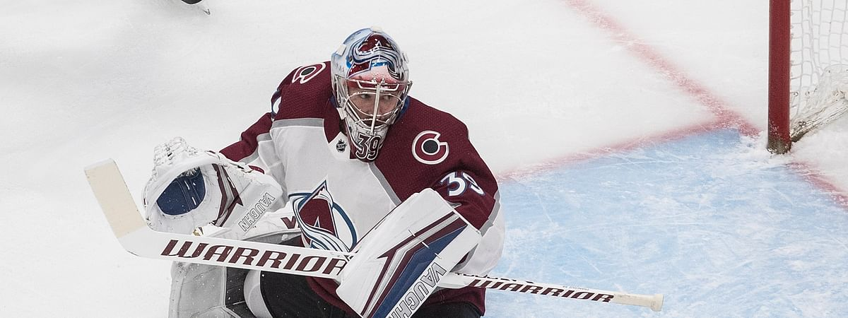 Colorado Avalanche goalie Pavel Francouz (39) makes the save against the Dallas Stars during first period NHL qualifying round game action in Edmonton, on Wednesday, Aug. 5, 2020.
