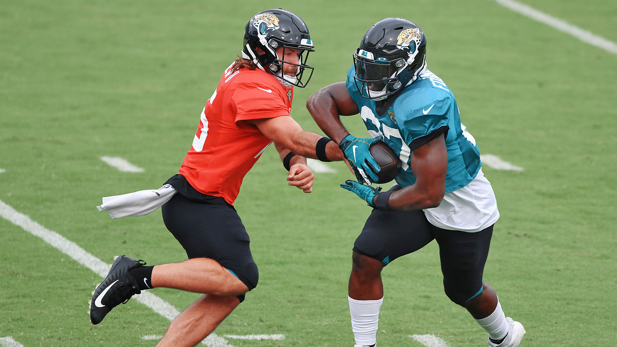 NFL shocker: Jacksonville Jaguars waive Leonard Fournette after failing to trade him