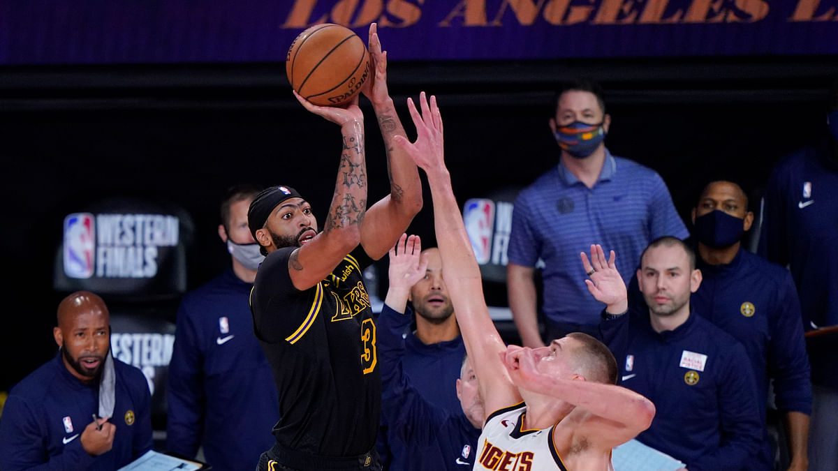 As the Lakers and Nuggets square off in Game 3, Greg Frank thinks the best play is betting the over/under