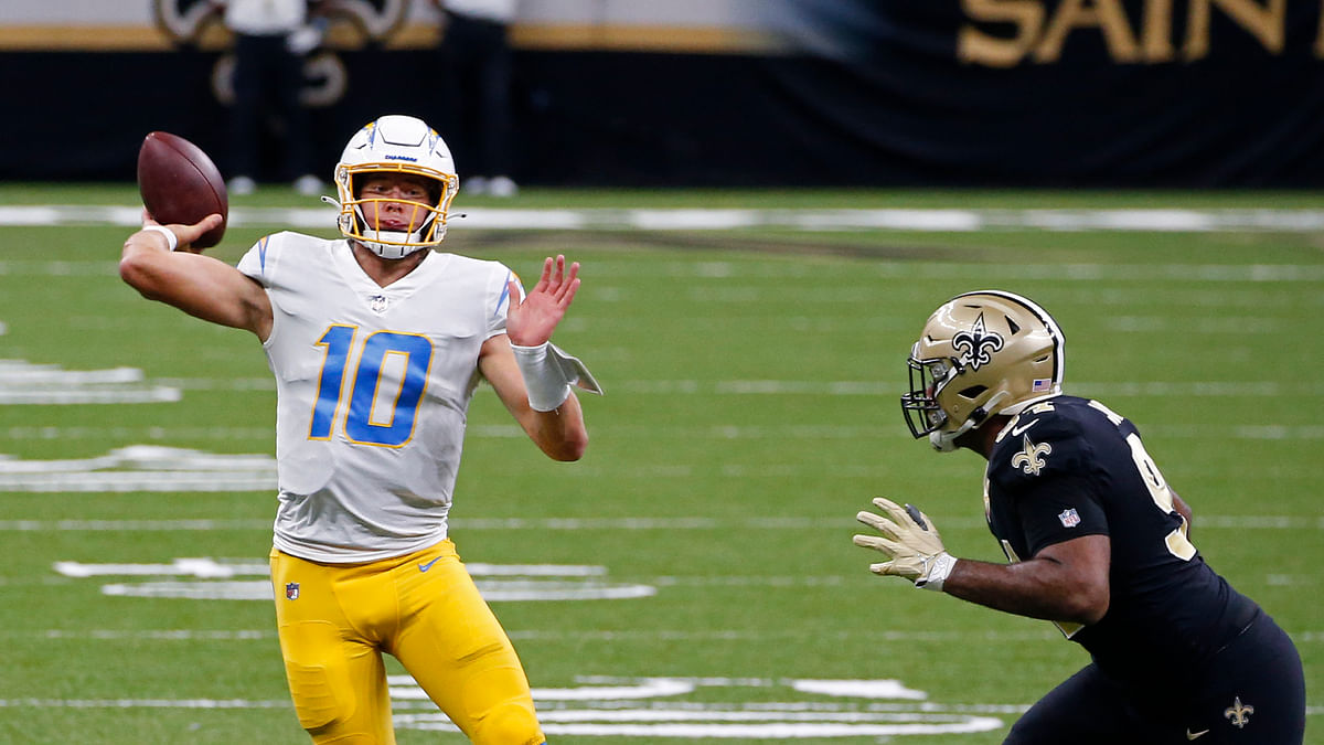 Sunday's Week 7 late games: Jared Hackmyer picks Bucs vs Raiders, 49ers vs Patriots, Chiefs vs Broncos, Chargers vs Jags, Seahawks vs Cards
