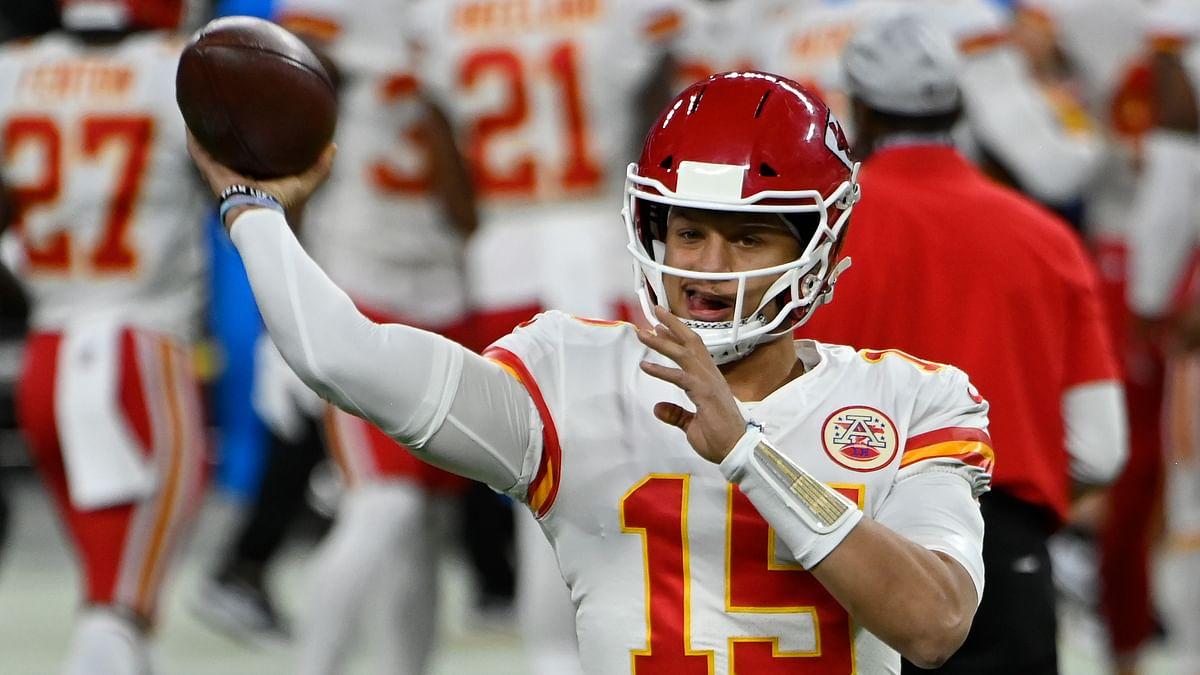 NFL Week 12: Mims picks Titans vs Colts, Cardinals vs Patriots, Chiefs vs Bucs, and bonus prop bets