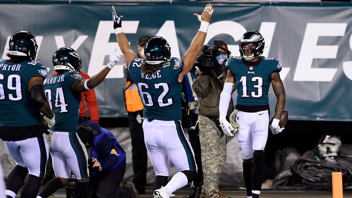 BoopProps Sunday NFL - Three words as the Eagles take on the Giants: Touchdown, Touchdown, Touchdown