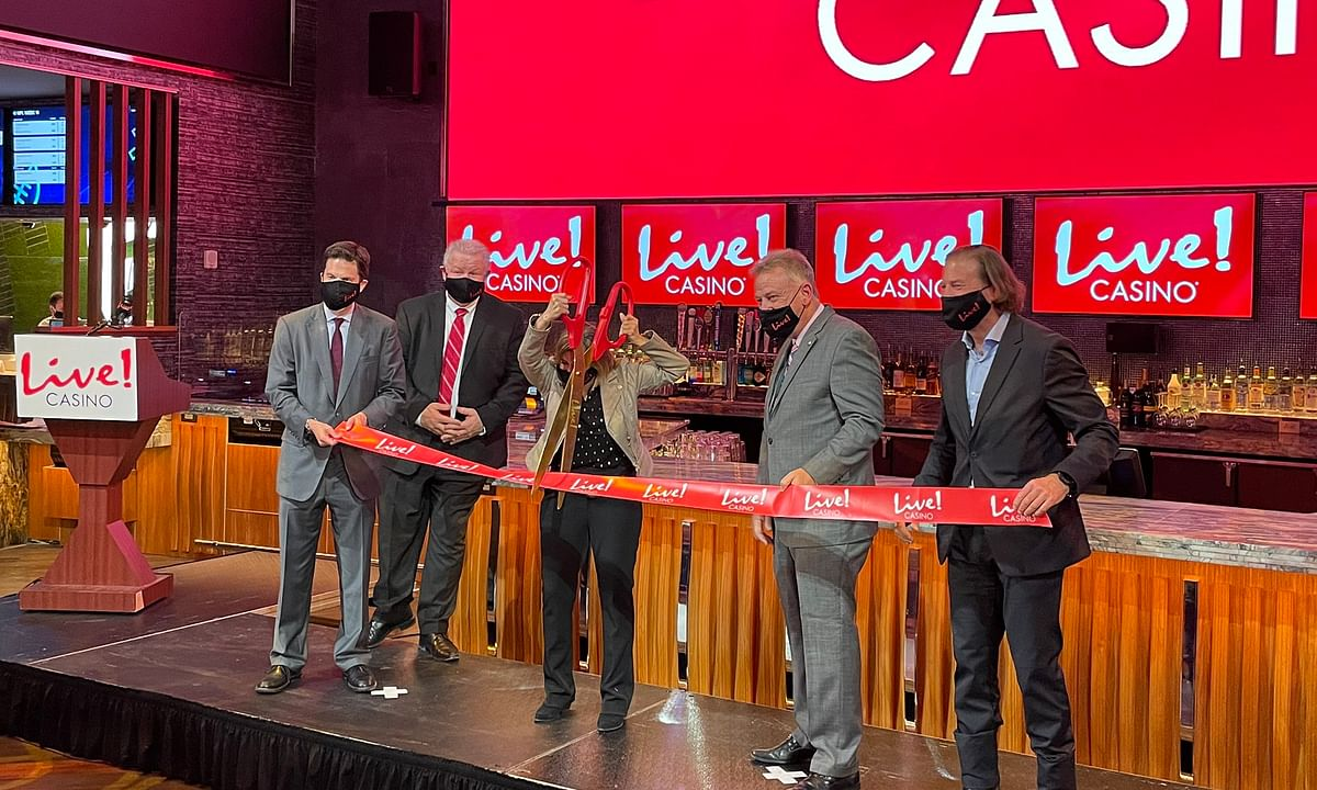 Live! Casino Pittsburgh cuts the ribbon on their new casino