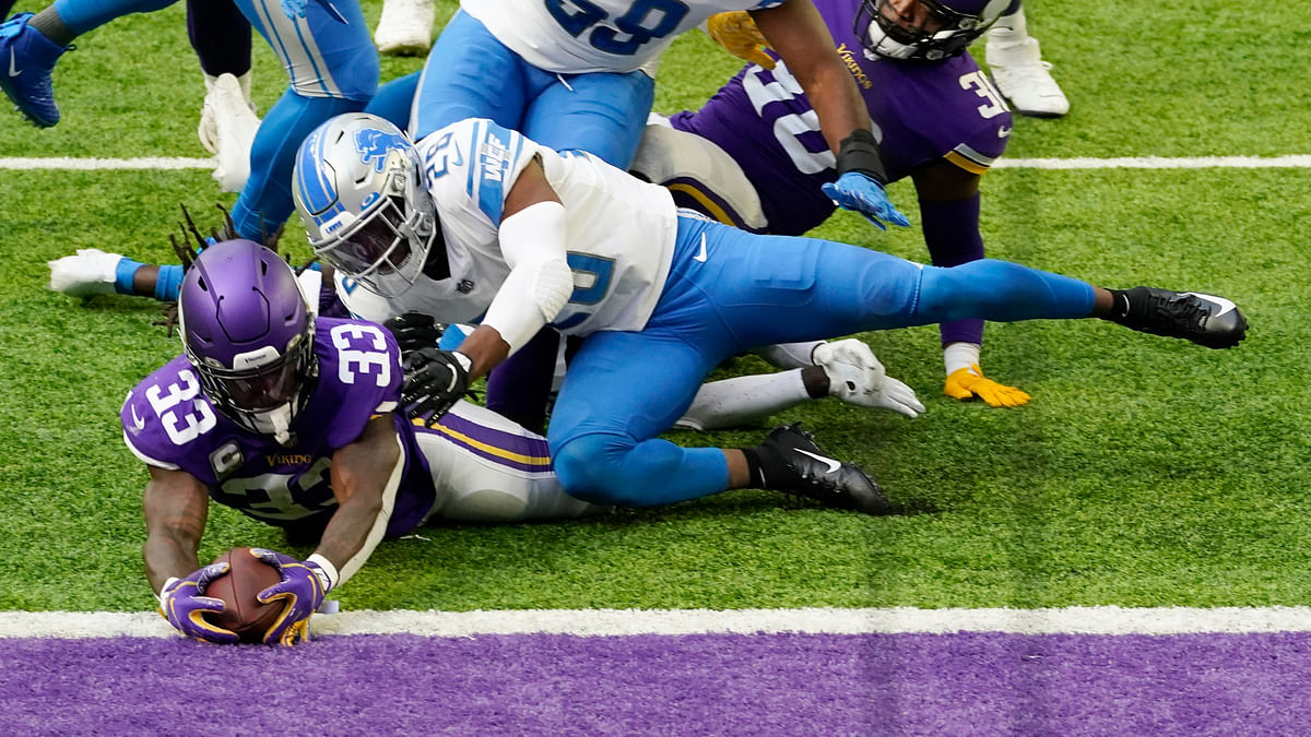 Monday Night Football: Jared Hackmyer picks the hot Vikings against the cold Bears in chilly Chicago