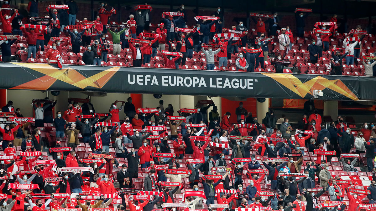 Europa League late games: Miller picks Rangers vs Standard de Liege and Benfica vs Lech Poznań with 5 plays