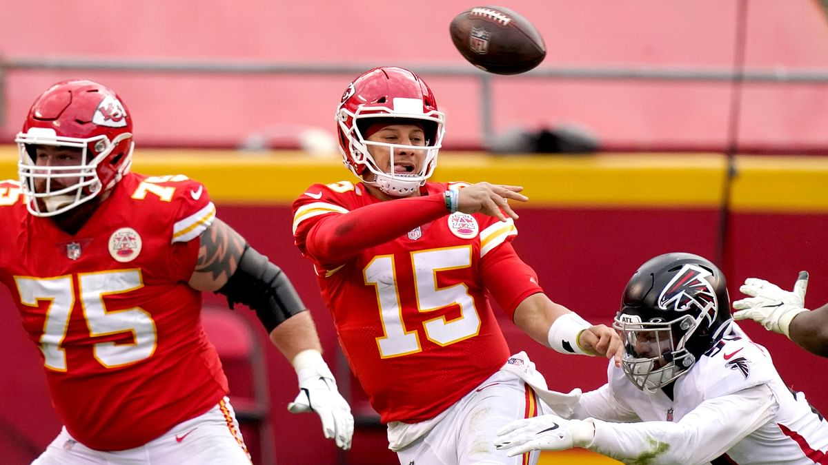 NFL Sunday Playoffs: Mims picks prop and game bets for Browns vs Chiefs and Buccaneers vs Saints
