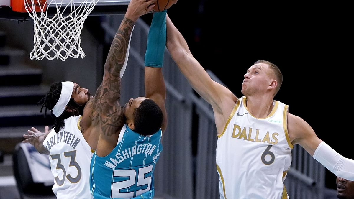 NBA Prop Bets Monday: Hot Fats picks Chris Paul, DeMarcus Cousins, Josh Richardson, Kristaps Porzingis, & more