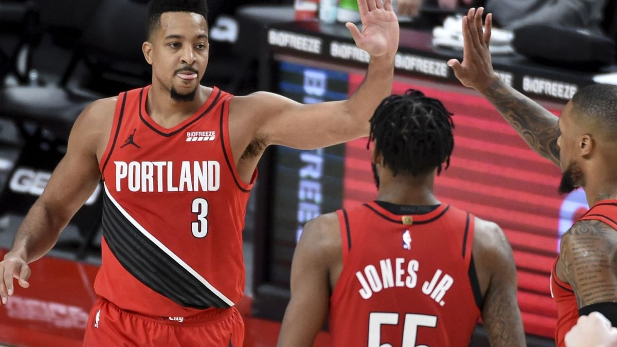 Thursday NBA Prop Picks: Fats likes LaMelo Ball, CJ McCollum, Joe Ingles, and the Hawks vs Thunder