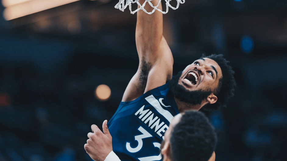 Karl-Anthony Towns doing Karl-Anthony Towns things.
