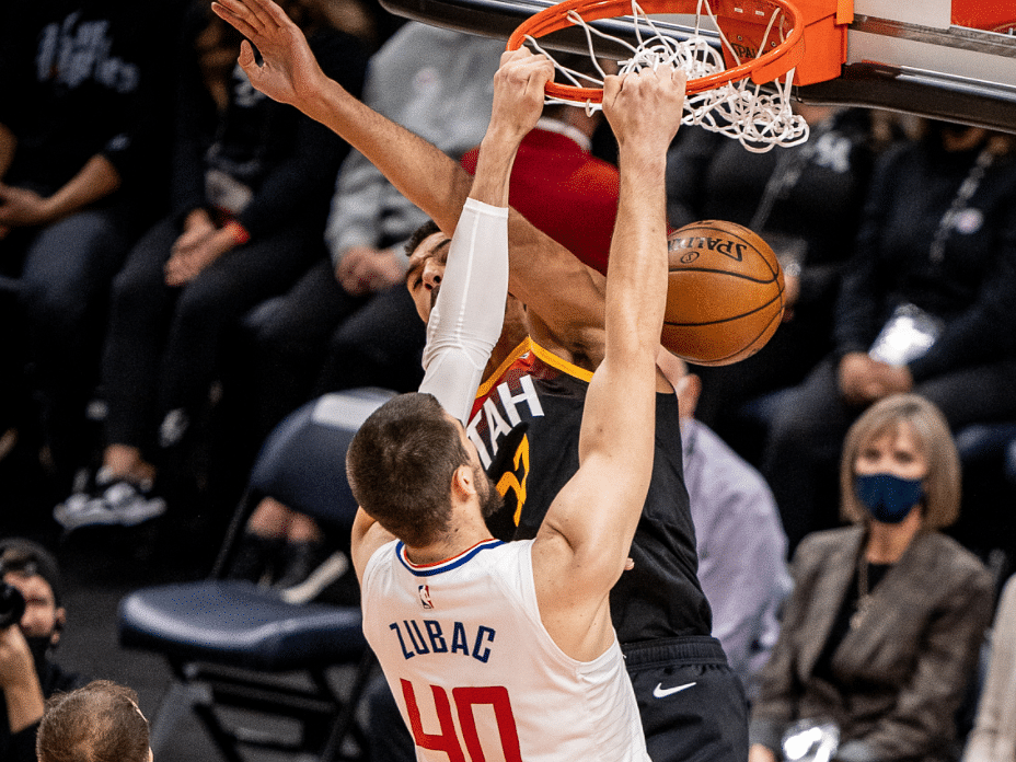 Ivica Zubac with the flush for the Clippers.
