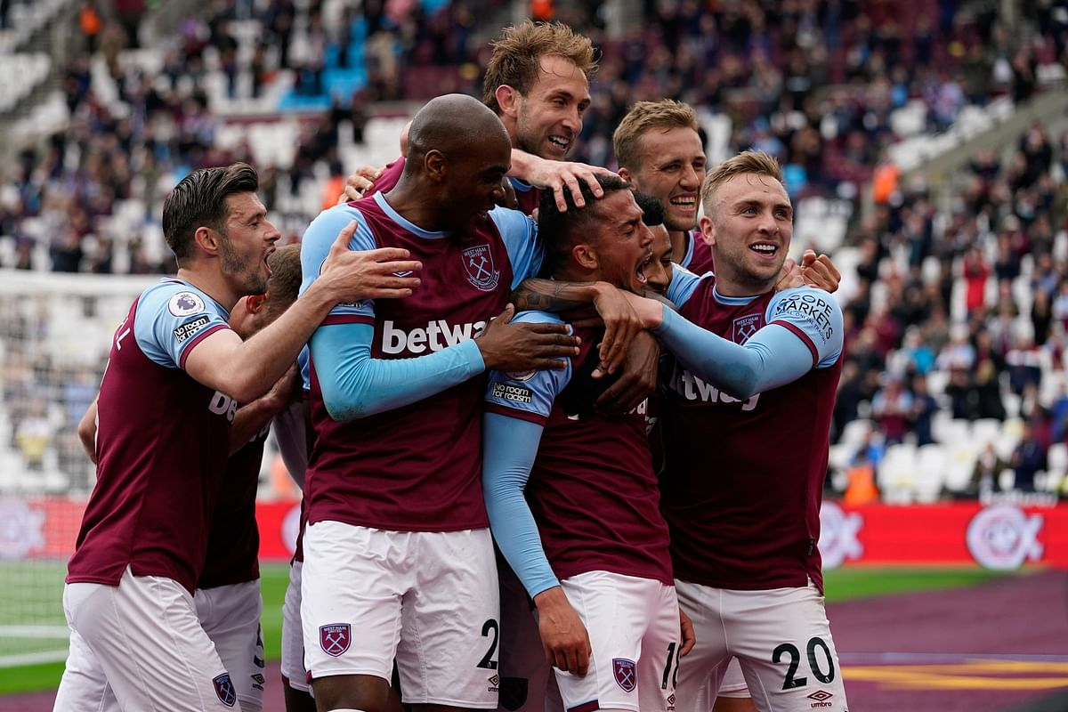 West Ham looks to keep scoring, while Chelsea v Liverpool gives us first Premier League top four battle