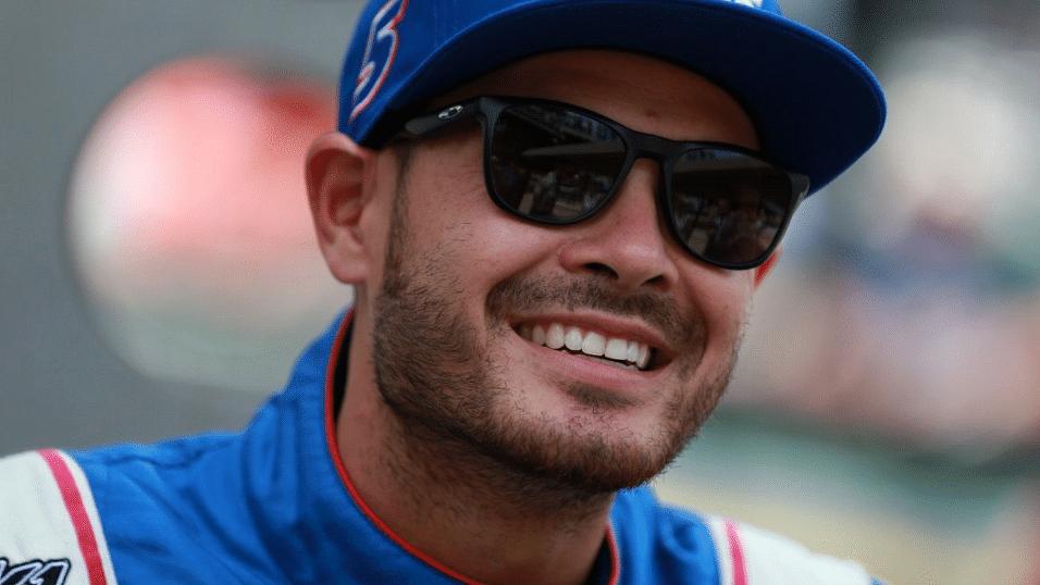 NASCAR Sunday: Kevin Harvick, Kyle Bush, Kyle Larson are picks in Michigan &Eckel 4 like longshot Alex Bowman
