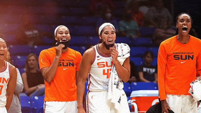 WNBA Thursday: O'Sullivan picks Connecticut Sun at Los Angeles Sparks – does not expect Sparks to fly