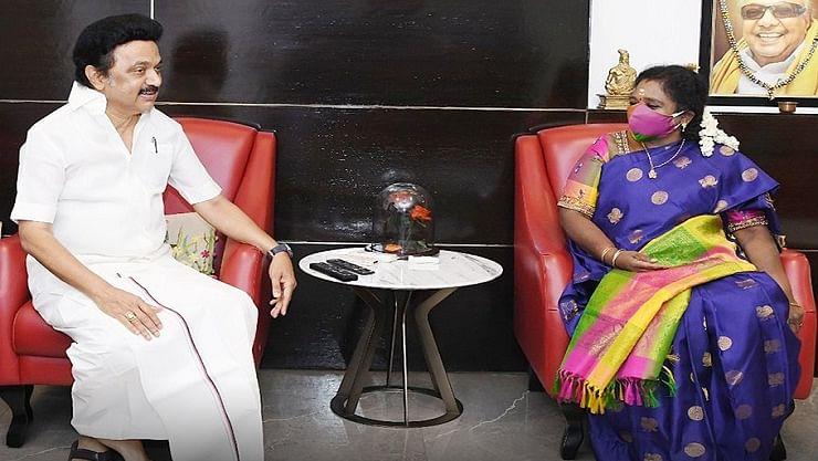 முதலமைச்சர் ஸ்டாலினை சந்தித்தார் ஆளுனர் தமிழிசை செளந்திரராஜன்: என்ன காரணம்?