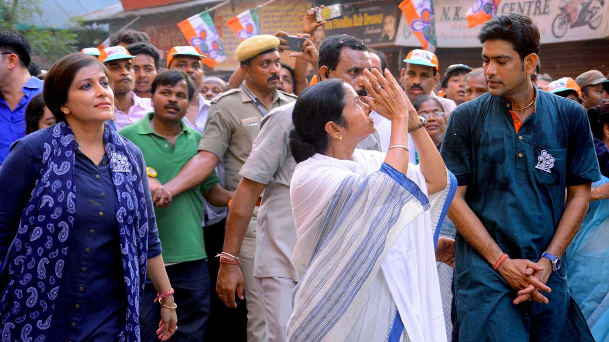 West Bengal Chief Minister and Trinamool Congress supremo Mamata Banerjee leads a party rally in Kolkata on April 28, 2016. (Photo: IANS)