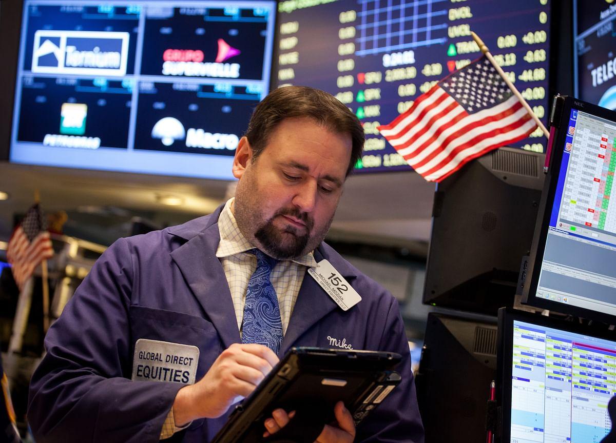 U.S. Stocks Decline; Dollar, Treasuries Mixed: Markets Wrap