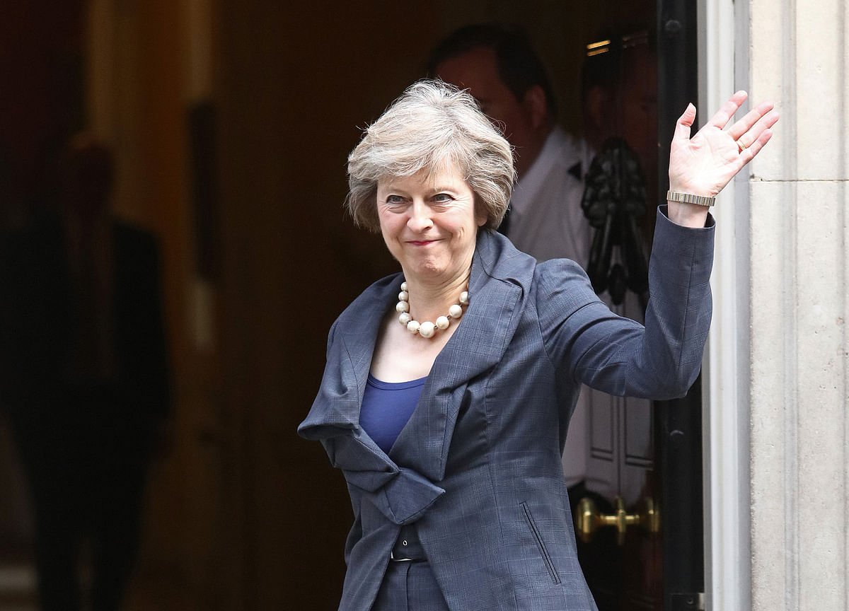 May Said to Promise Brexiteers She Won't Cave: Brexit Update