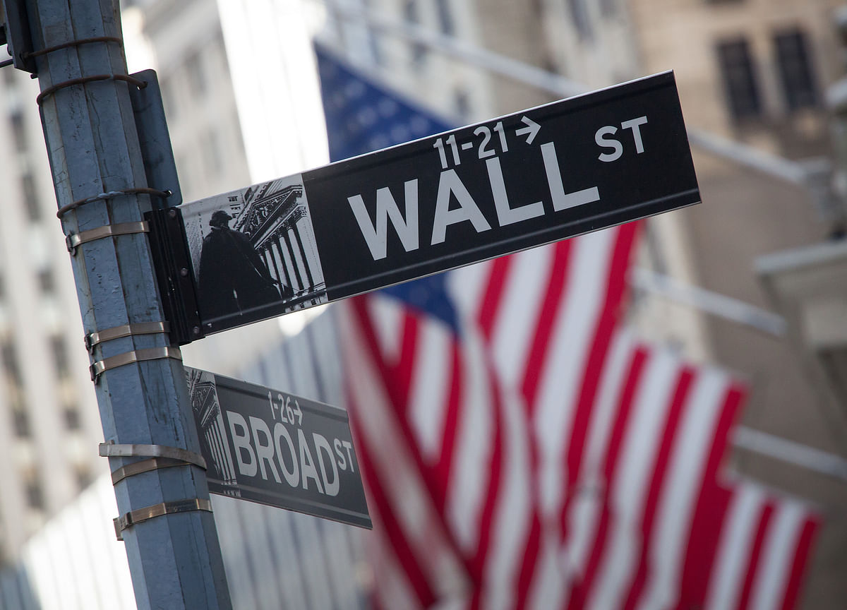 Stocks Extend Biggest Rally Since April; Oil Drops: Markets Wrap