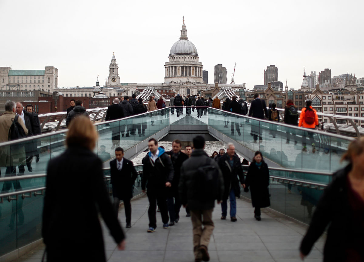 BOE's Ramsden Sees Economy Rebounding, Wage Growth Picking Up