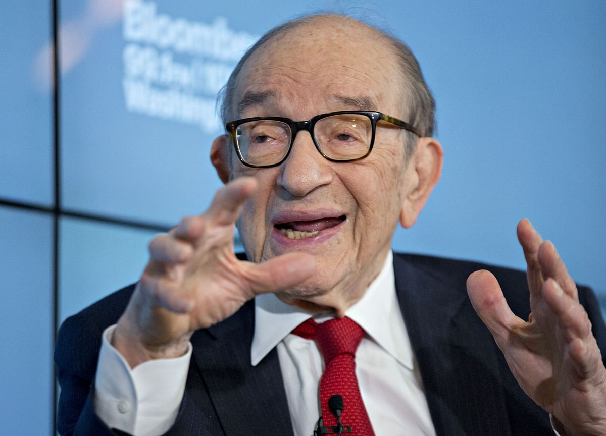 Former Fed Chair Alan Greenspan Sees Bubbles in Stocks and Bonds