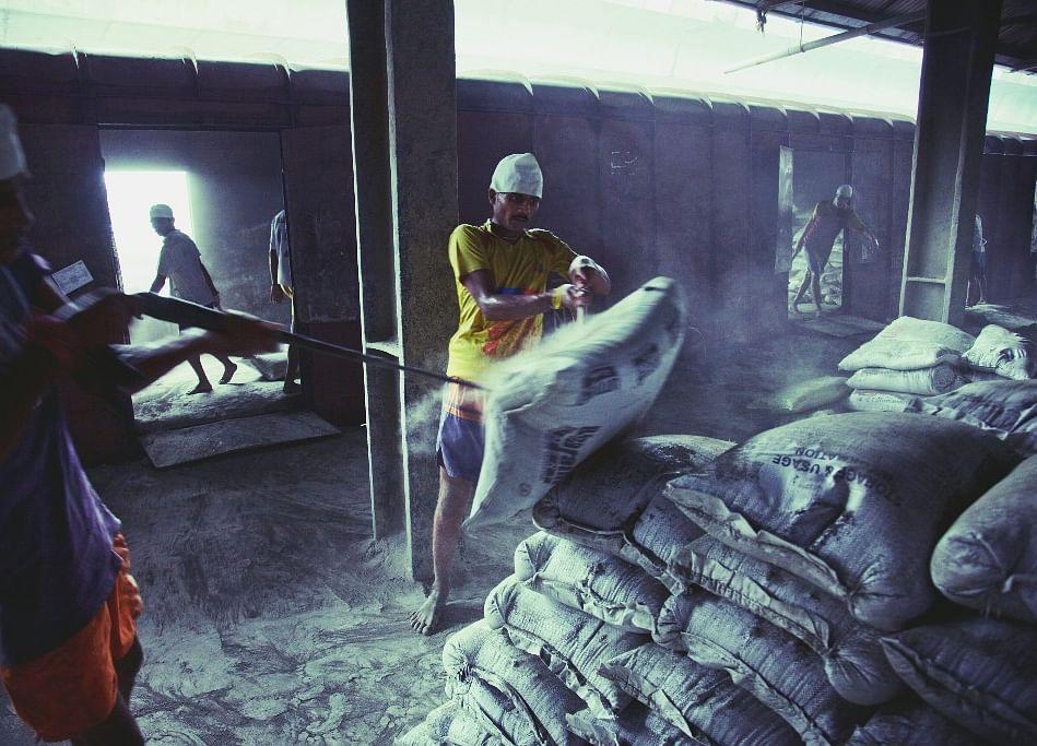 Bain-Backed Group Is Said to Near $980 Million Binani Deal