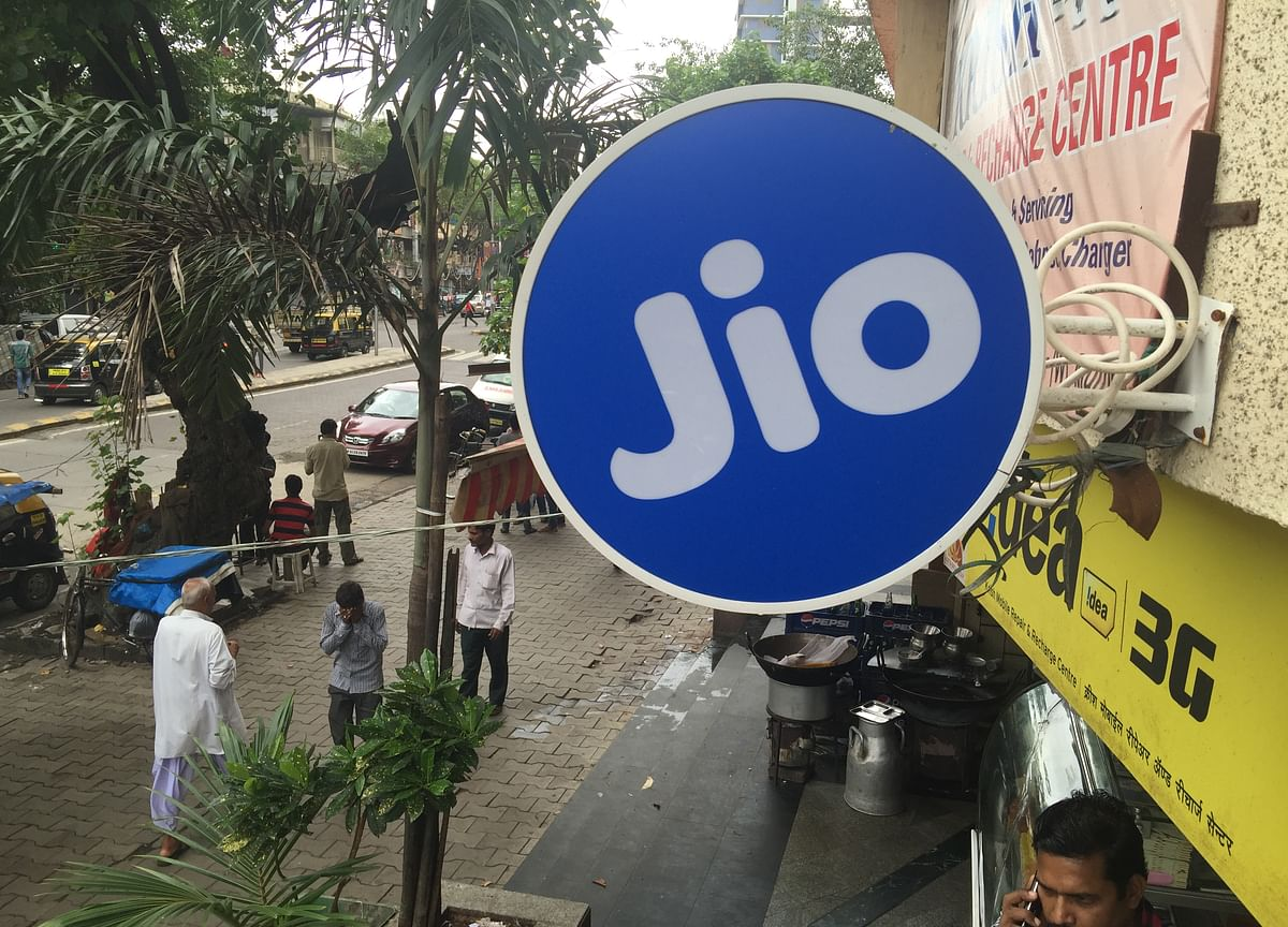 Reliance Jio Loses Customers For The First Time