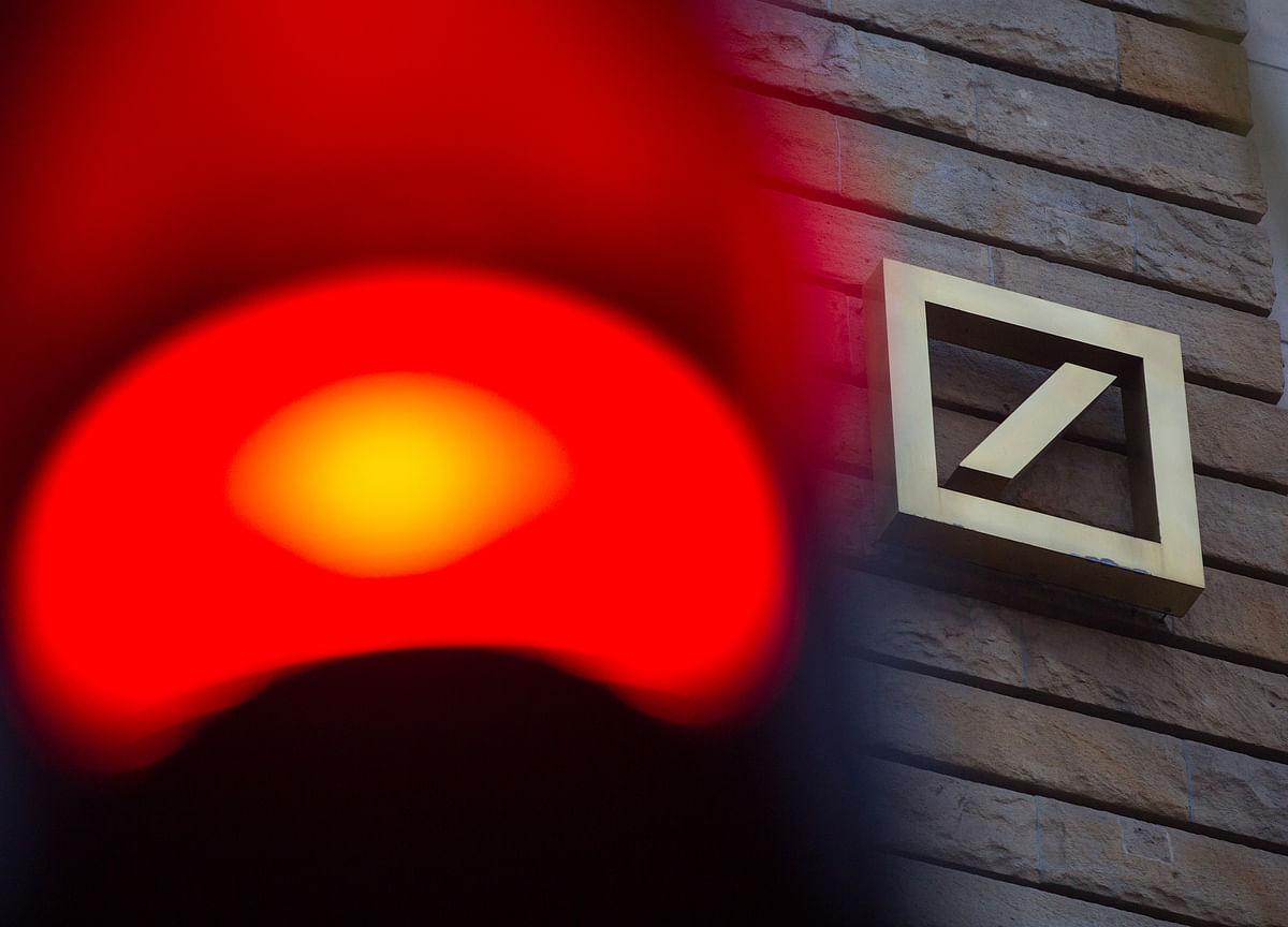 Deutsche Bank Hits Record Low as It Defends Troubled U.S. Unit