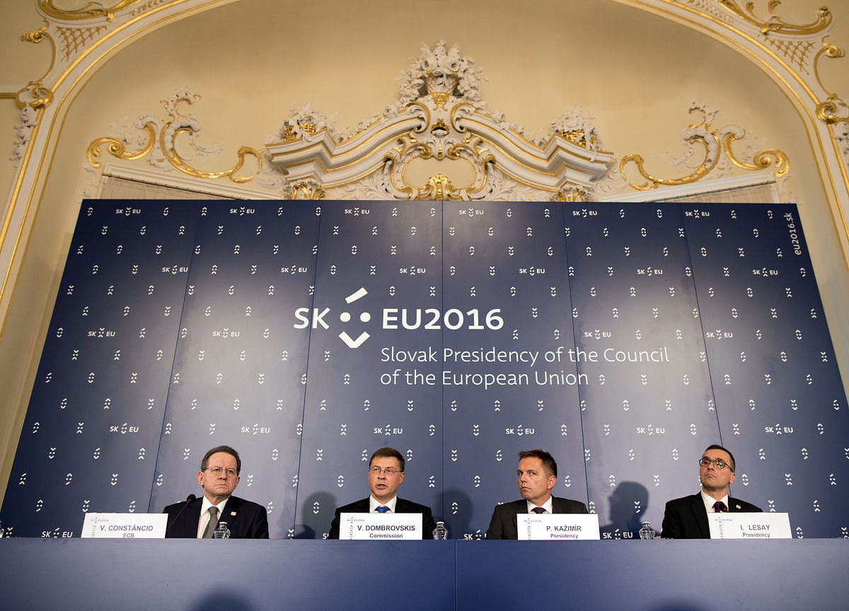 Forward Guidance Could Work for Governments Too, ECB Study Shows