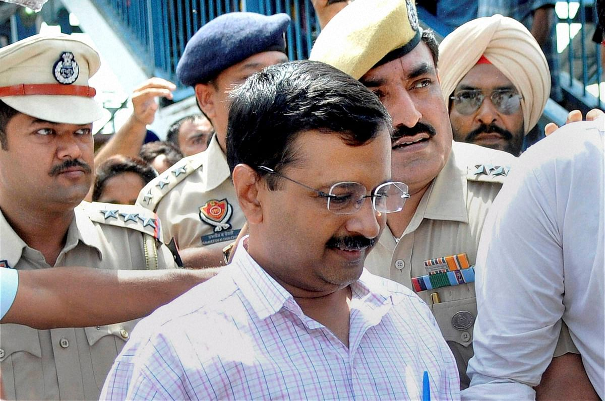 Lines Of Control Between Delhi Government And Lieutenant Governor Clarified?