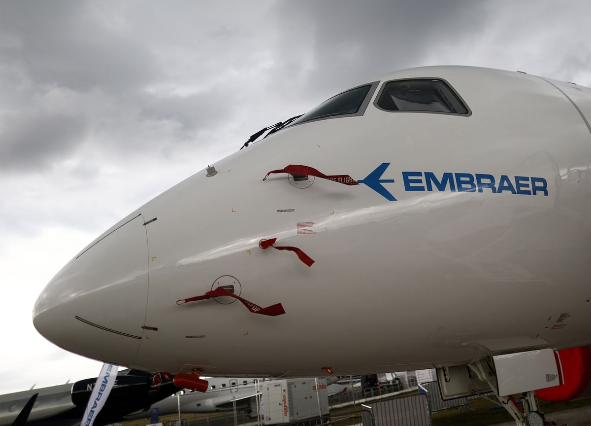 Boeing Mulls Embraer Tie-Up to Chase Airbus Small-Jet Foray