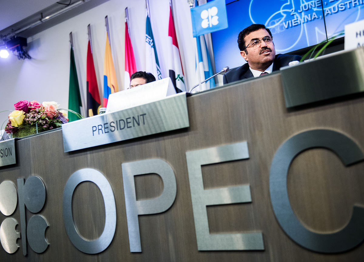 Oil Climbs as OPEC Producers Discuss Size of Output Increase