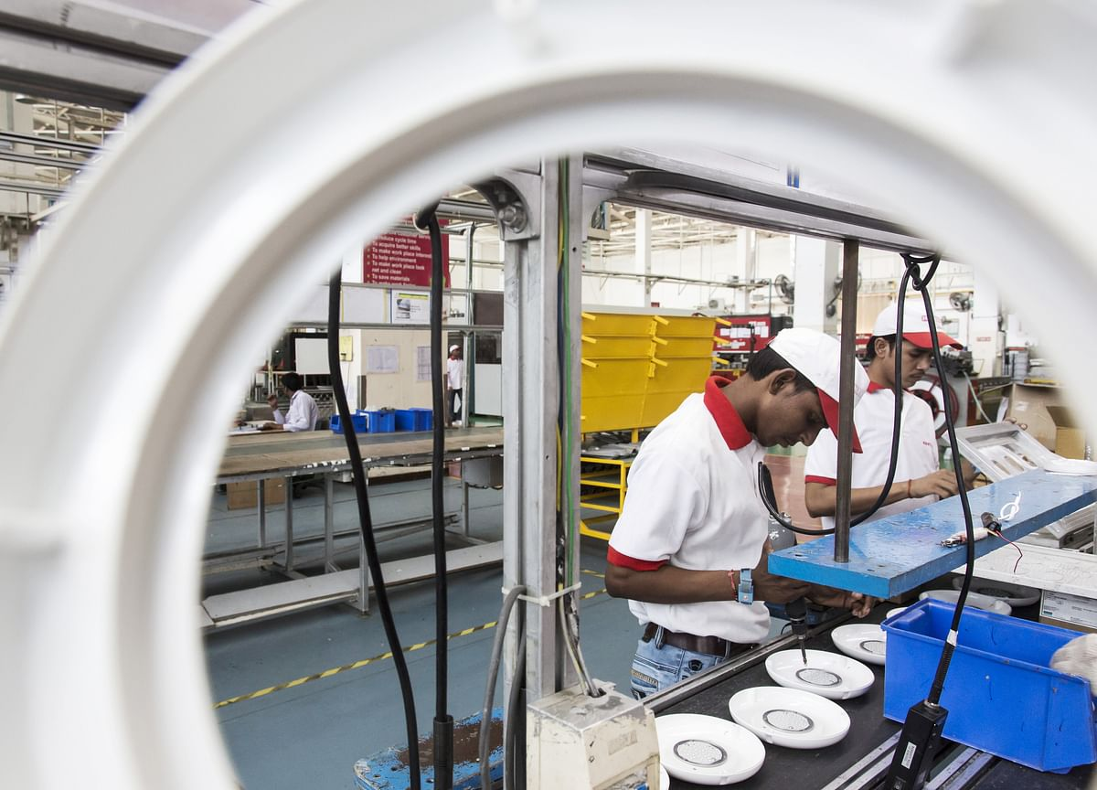 India's Manufacturing PMI Slows In September; New Export Orders Rise