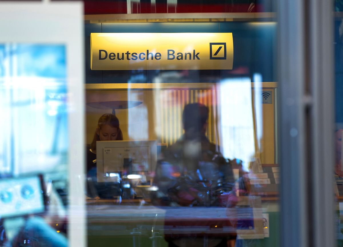 Deutsche Bank's Woes Said to Rouse German Concern Over Finances