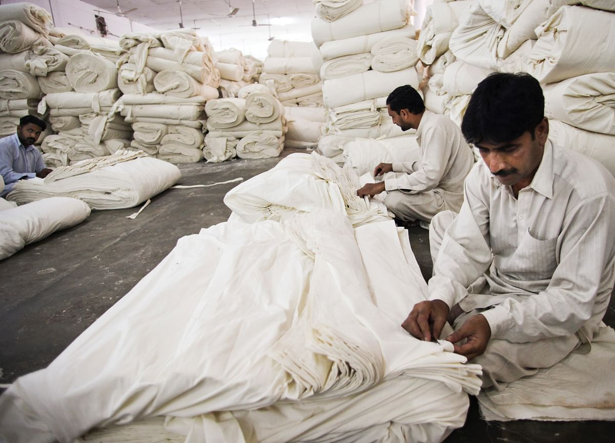 Dirty Linen: A Bed Sheets Scandal is Roiling the Cotton Industry