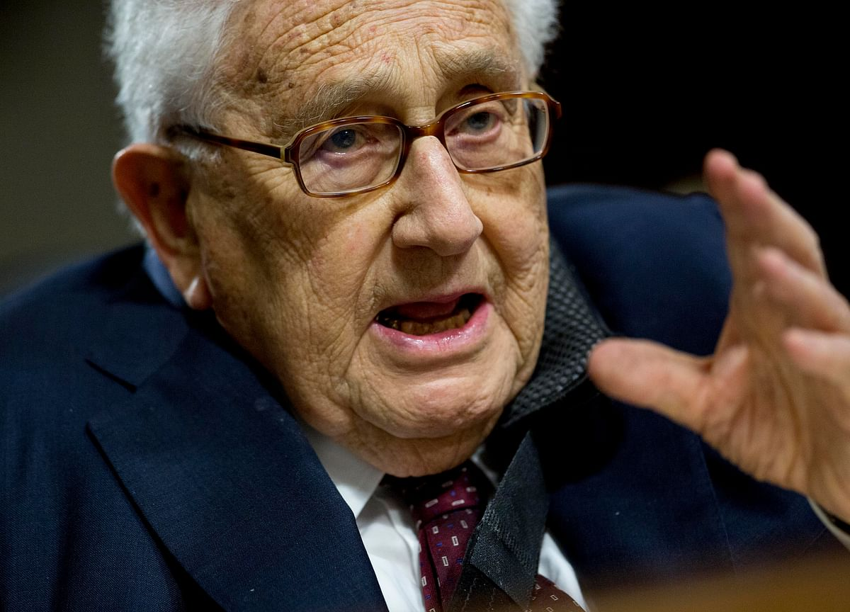Kissinger Says U.S. and China in 'Foothills of a Cold War'
